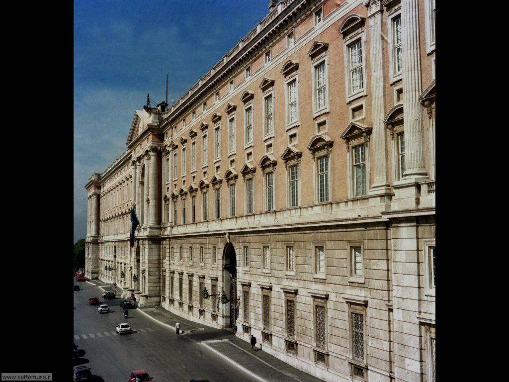 caserta_012_facciata_reggia