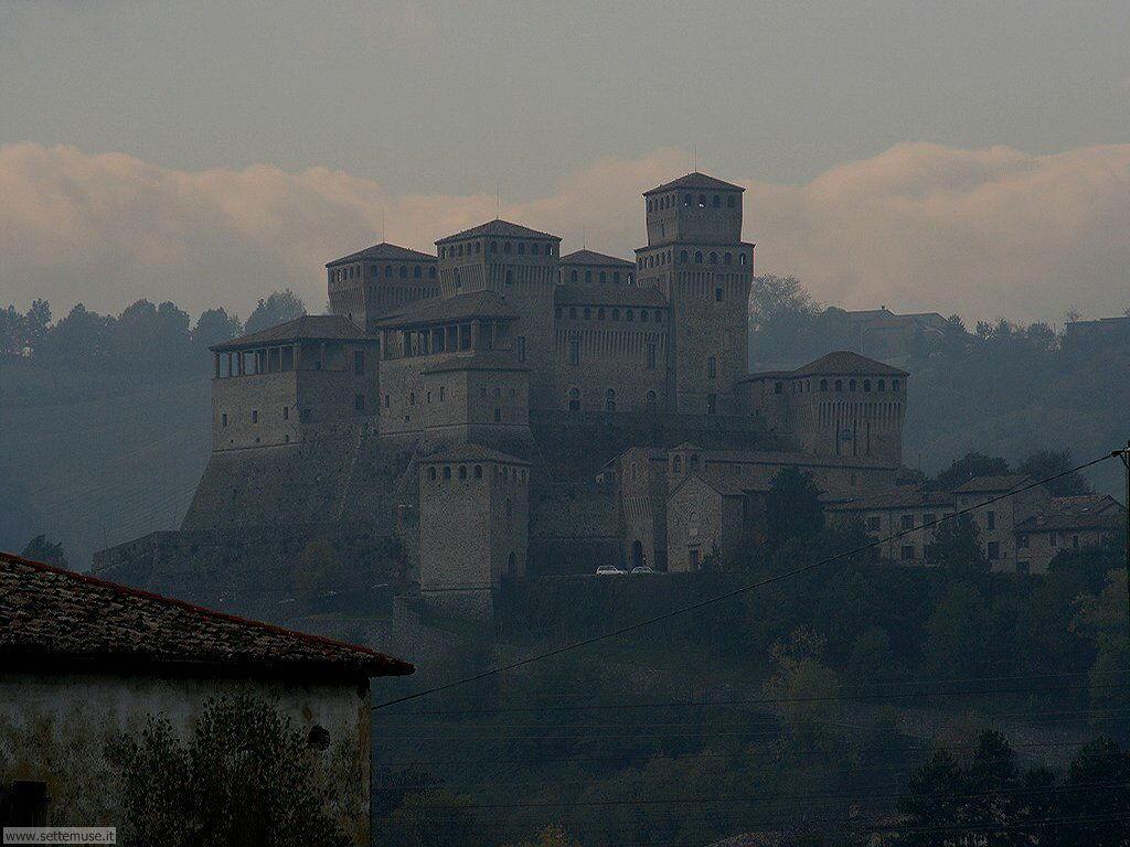 PR_008_castello_di_torrechiara