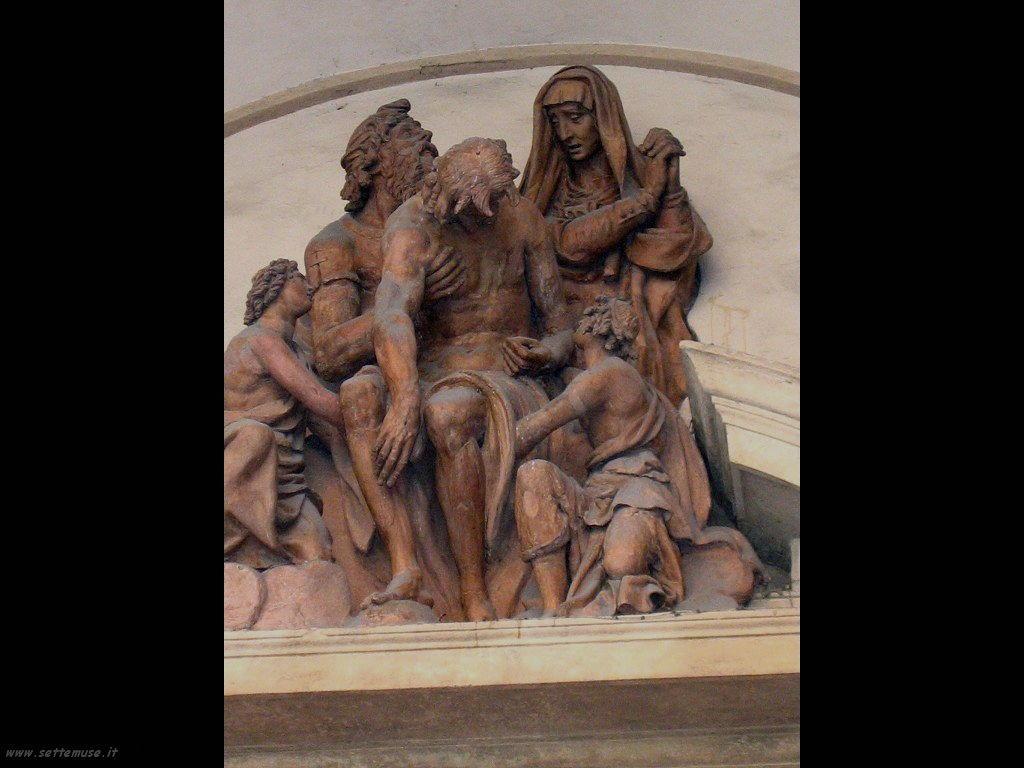 bologna scultura del palazzo