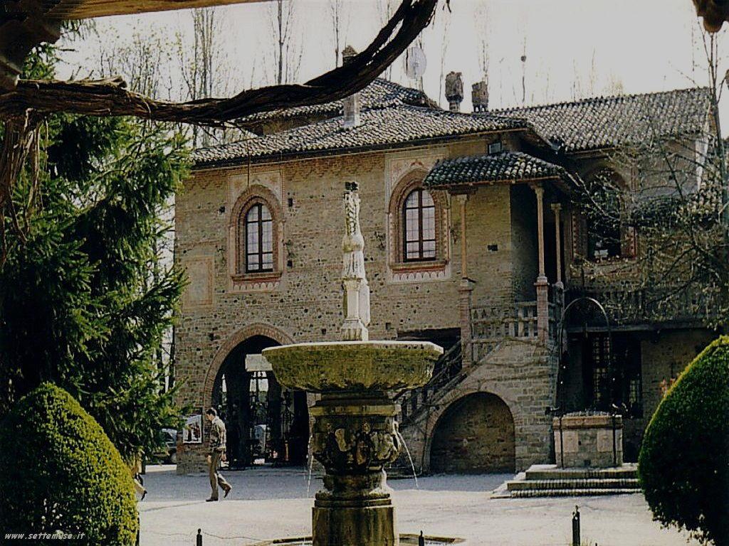 grazzano visconti piazzetta con fontana 4