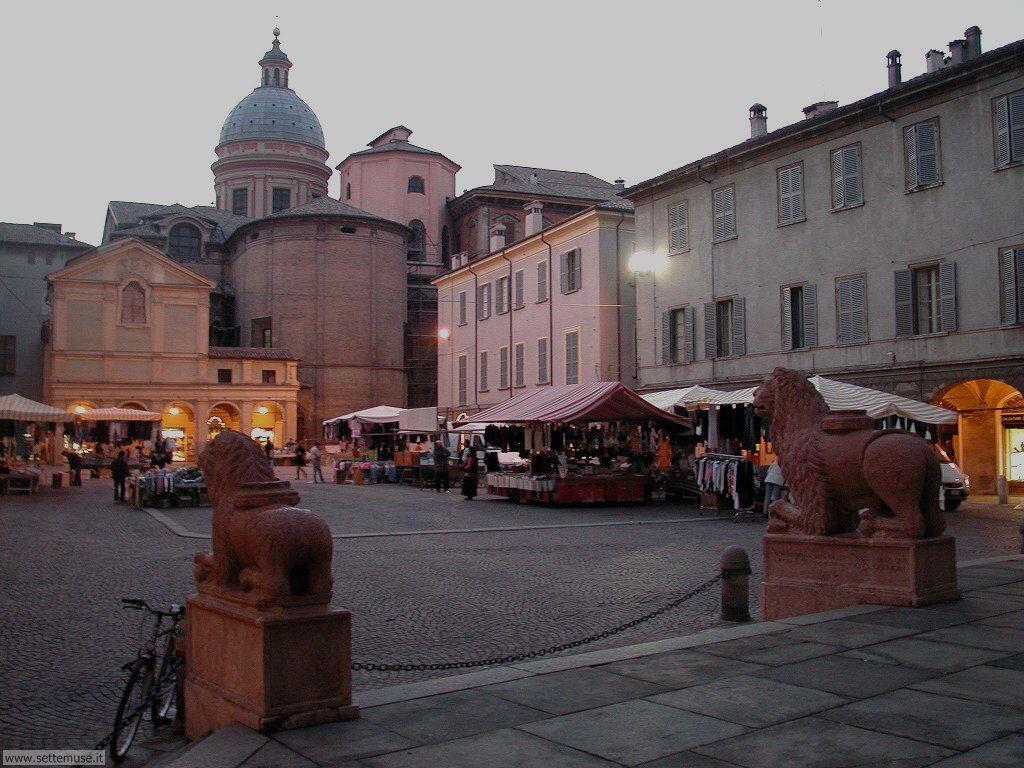 reggio emilia piazza san prospero