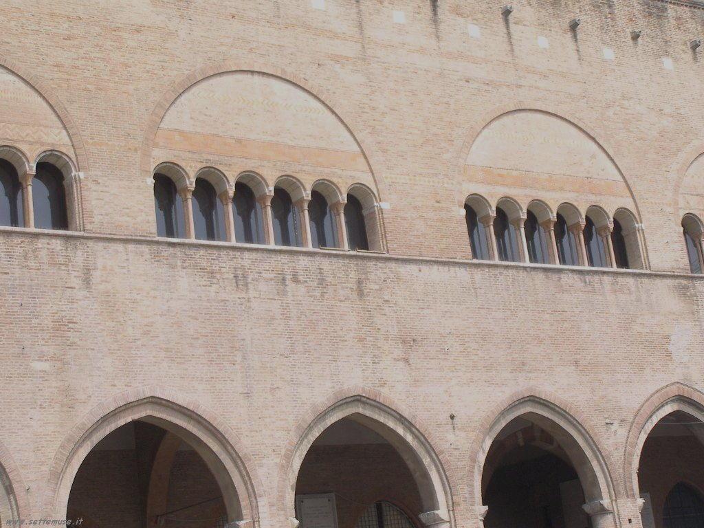 Rimini - Piazza tre Martiri 2