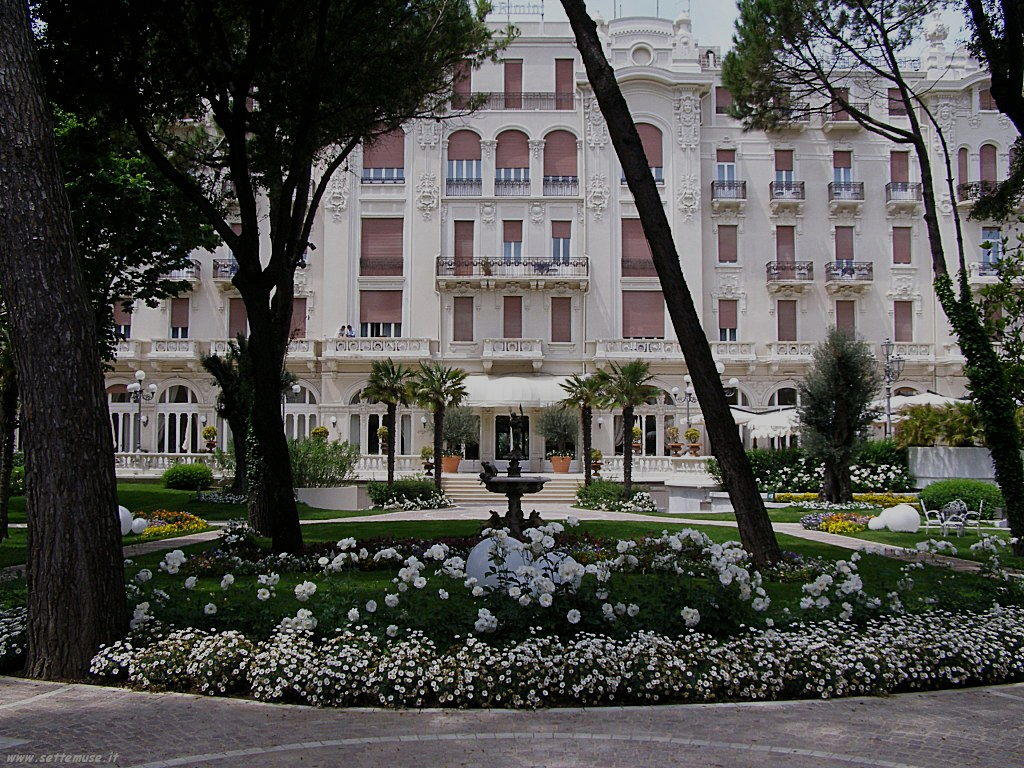 rimini gran hotel fronte