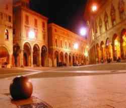 Bologna - Portici di notte