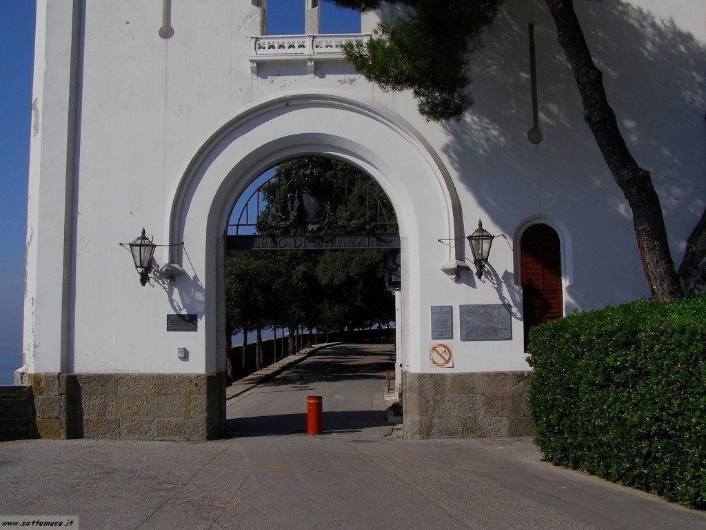 foto castello miramare 7