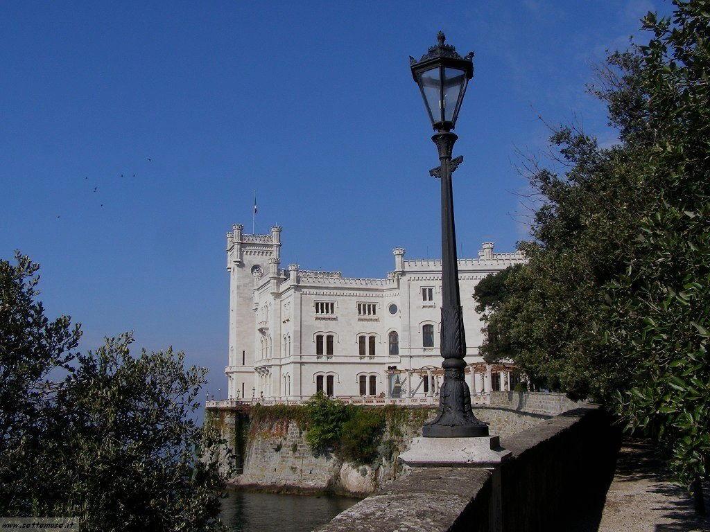 foto castello miramare 10