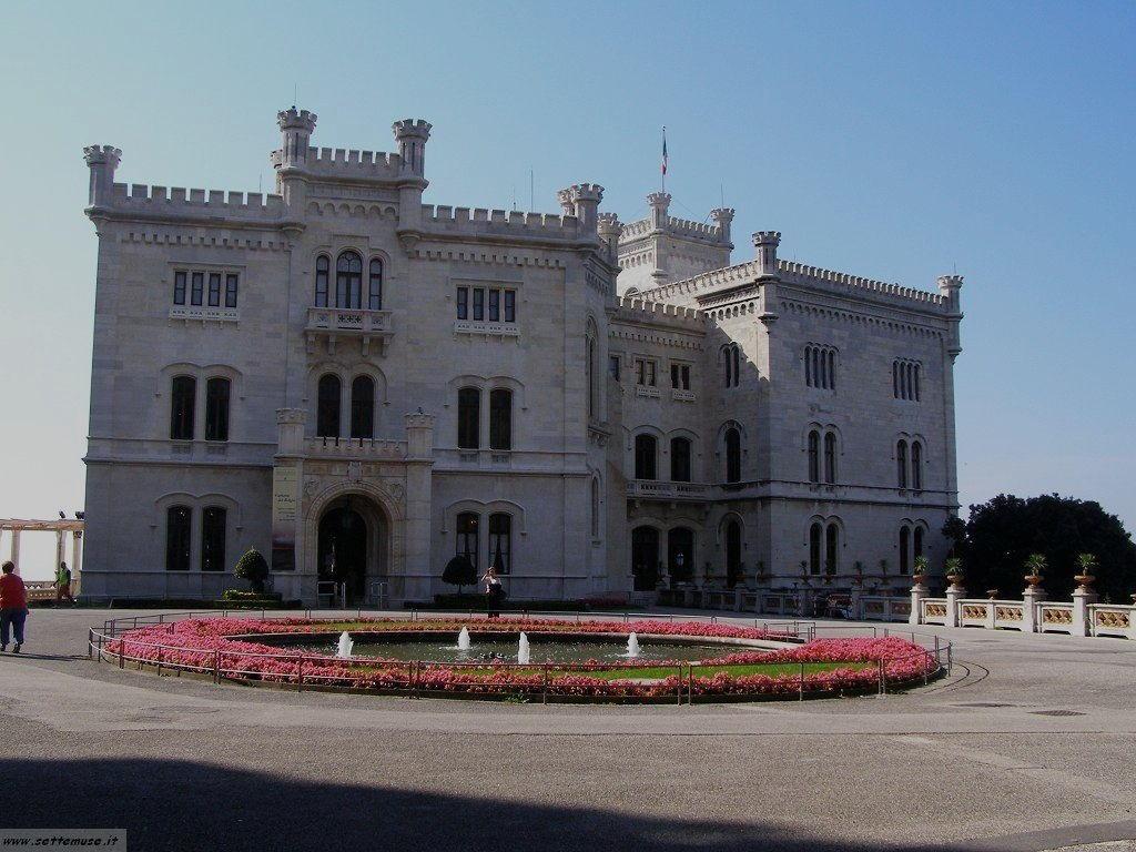 foto castello miramare 37