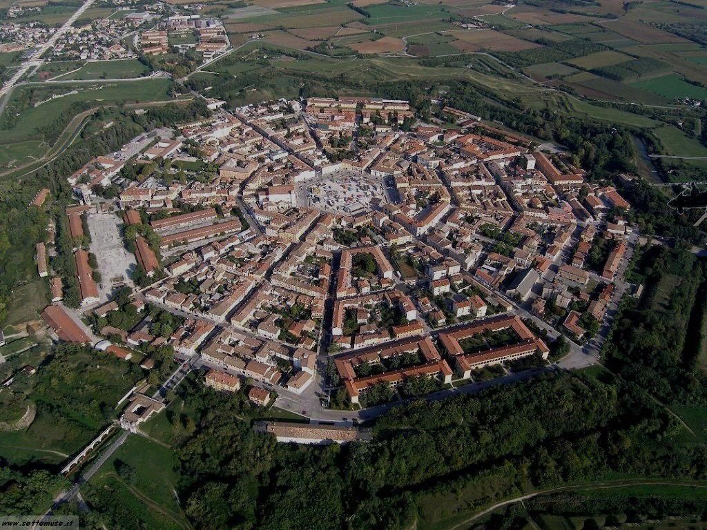 Palmanova udine guida e foto - The star shaped villa ...
