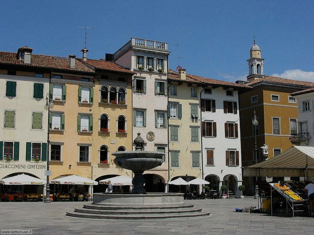 udine piazza matteotti