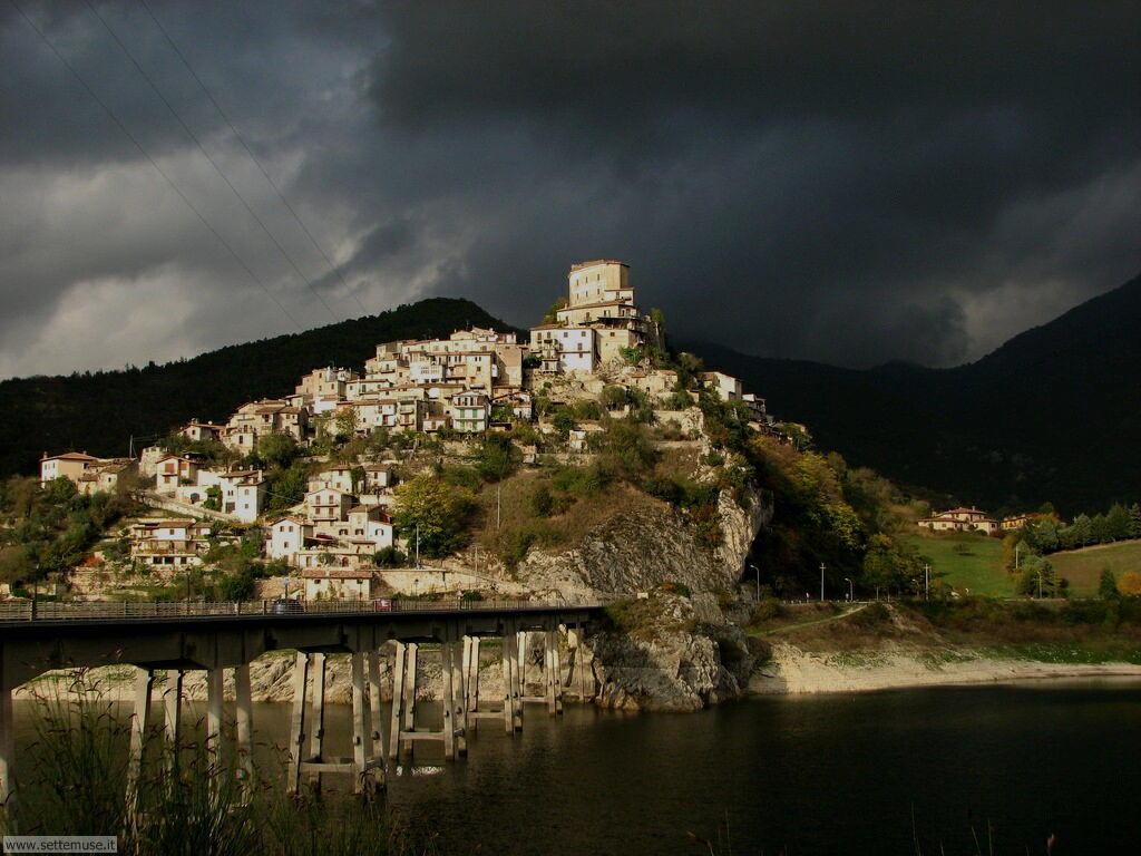 Castel di Tora Rieti 2