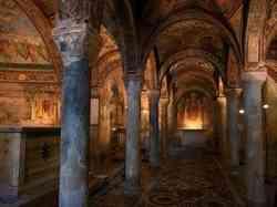 Anagni - Foto della Cripta  totalmente affrescata