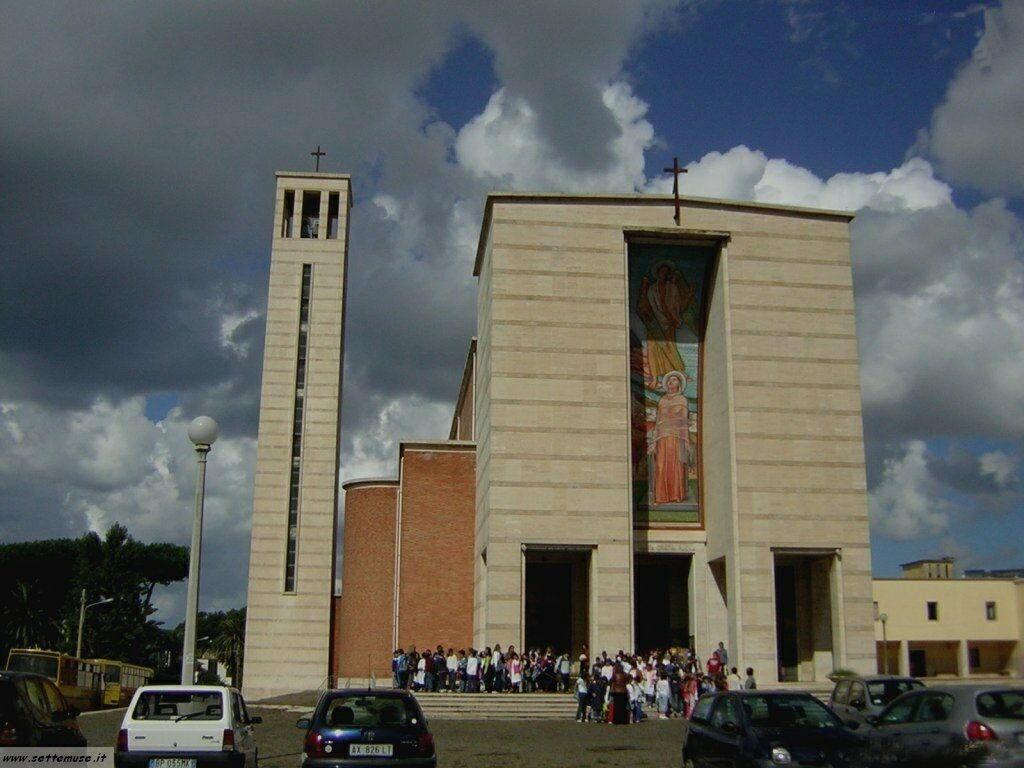 Sabaudia centro, la chiesa