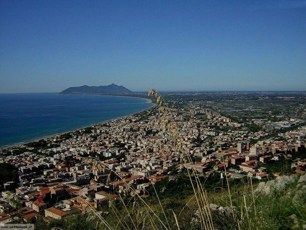 Terracina e il tempio di giove latina guida turistica 1 for Be italia