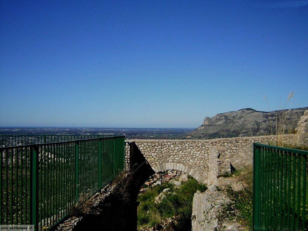 Terracina tempio di Giove 50