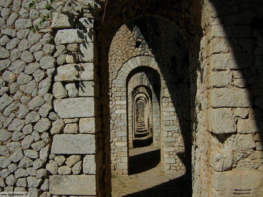 Terracina tempio di Giove 68