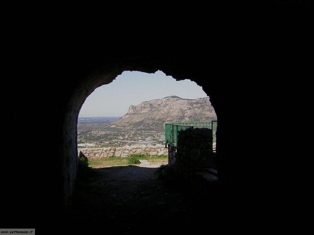 Terracina tempio di Giove 83