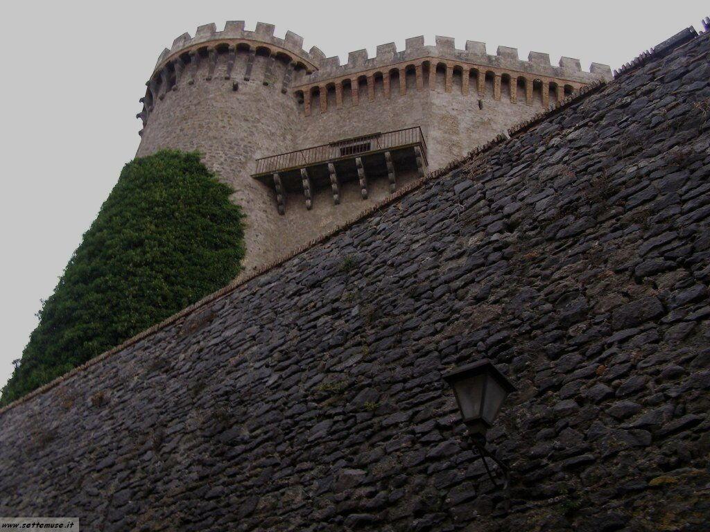 lago di bracciano castello orsini foto 9