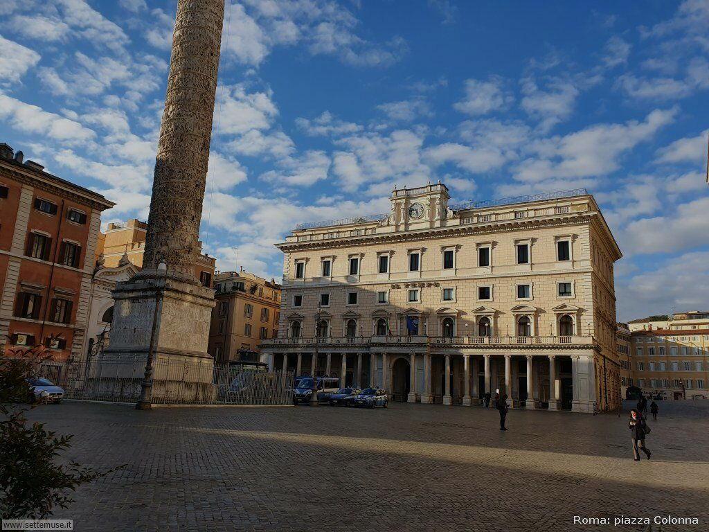 Roma piazza colonna