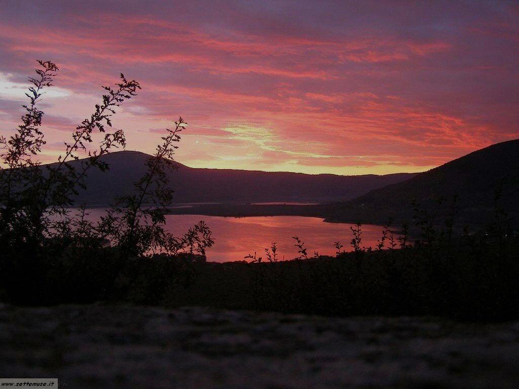 Lago di vico foto 1