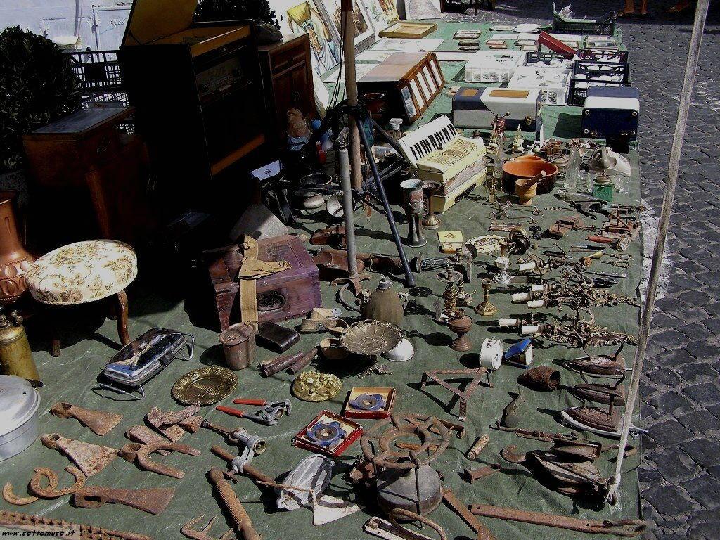 Ronciglione mercatino vintage foto 1