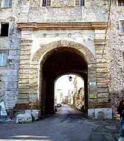 Terracina - Antica Porta Romana