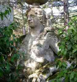 Sacro bosco di Bomarzo, Cerere/Demetra