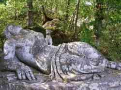 Bomarzo - Parco dei Mostri - Donna Dormiente