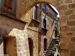 Civita Bagnoregio - Case del borgo