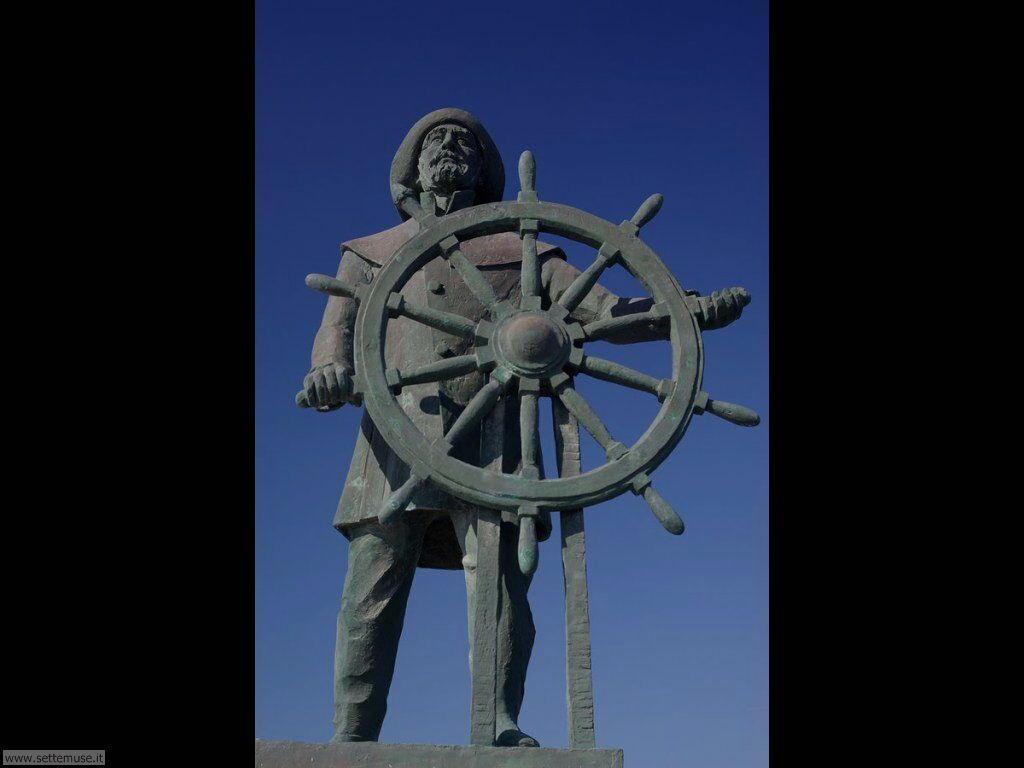imperia 016 monumento al marinaio