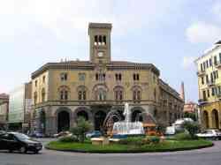 Imperia Piazza Dante