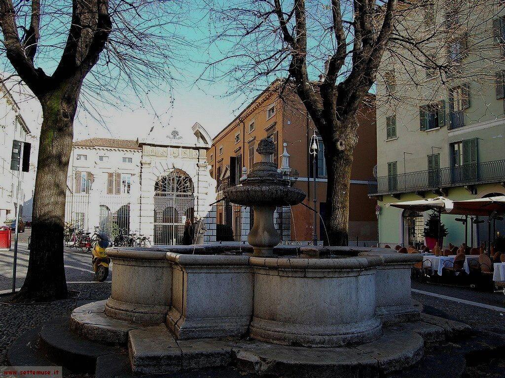 Brescia Piazza Vescovado