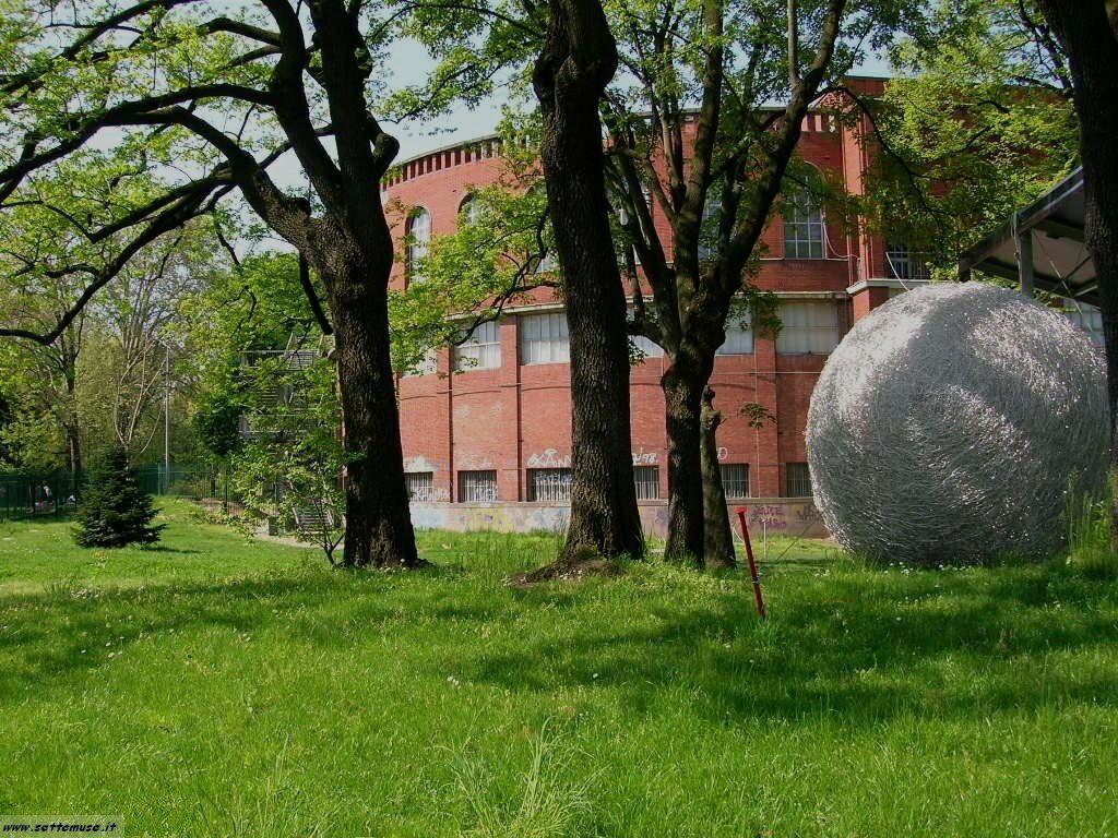 Milano citta vie del centro foto