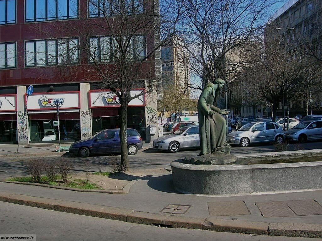 Milano citta piazza san francesco foto