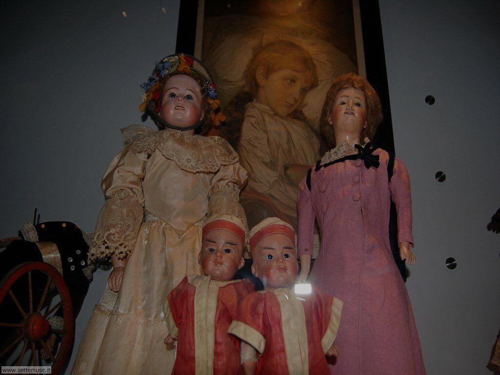 Angera museo bambole