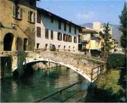 Gavardo -  Il ponte visto dall'Isolo