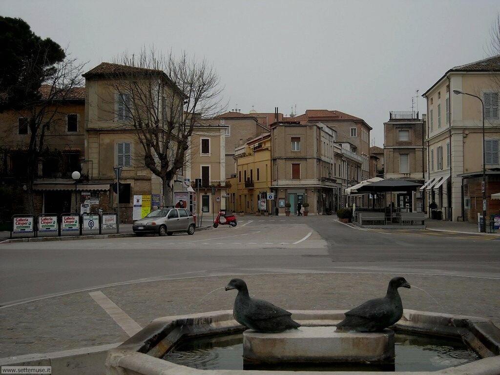 Senigallia, Piazza Leopardi