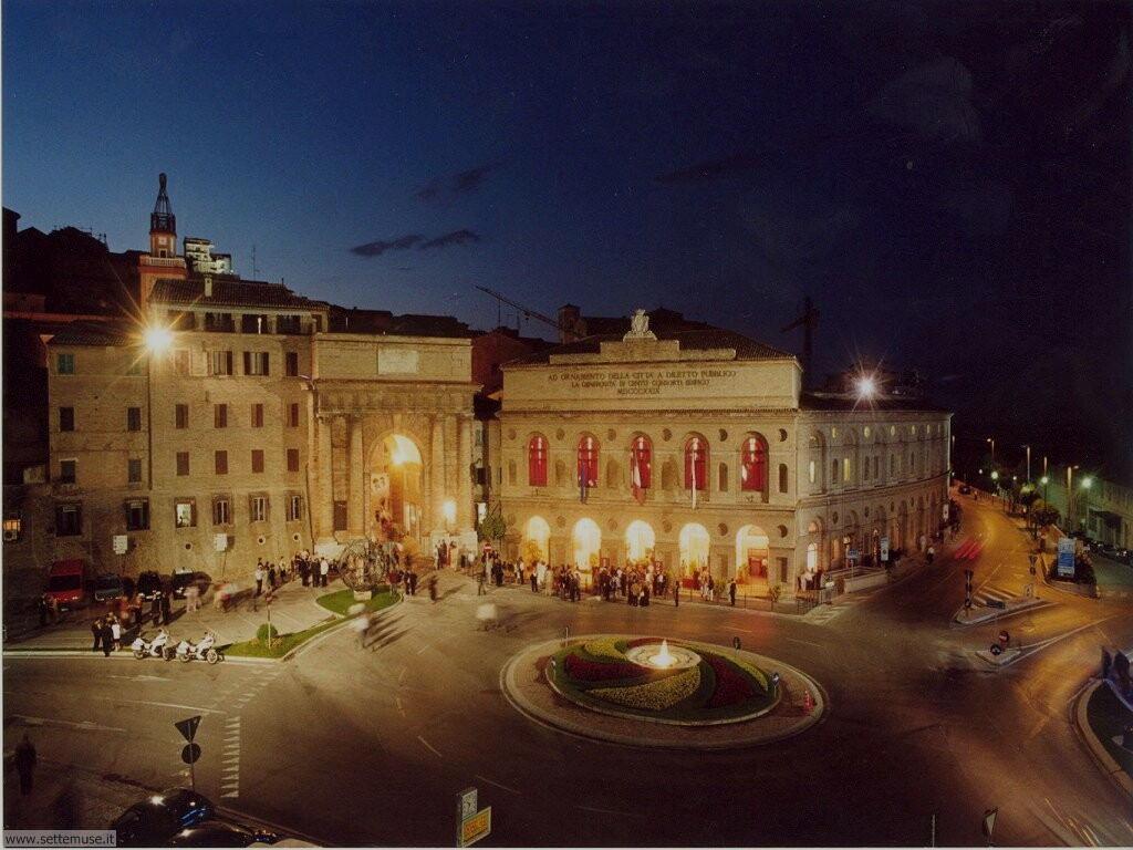 Piazza Libertà a Macerata