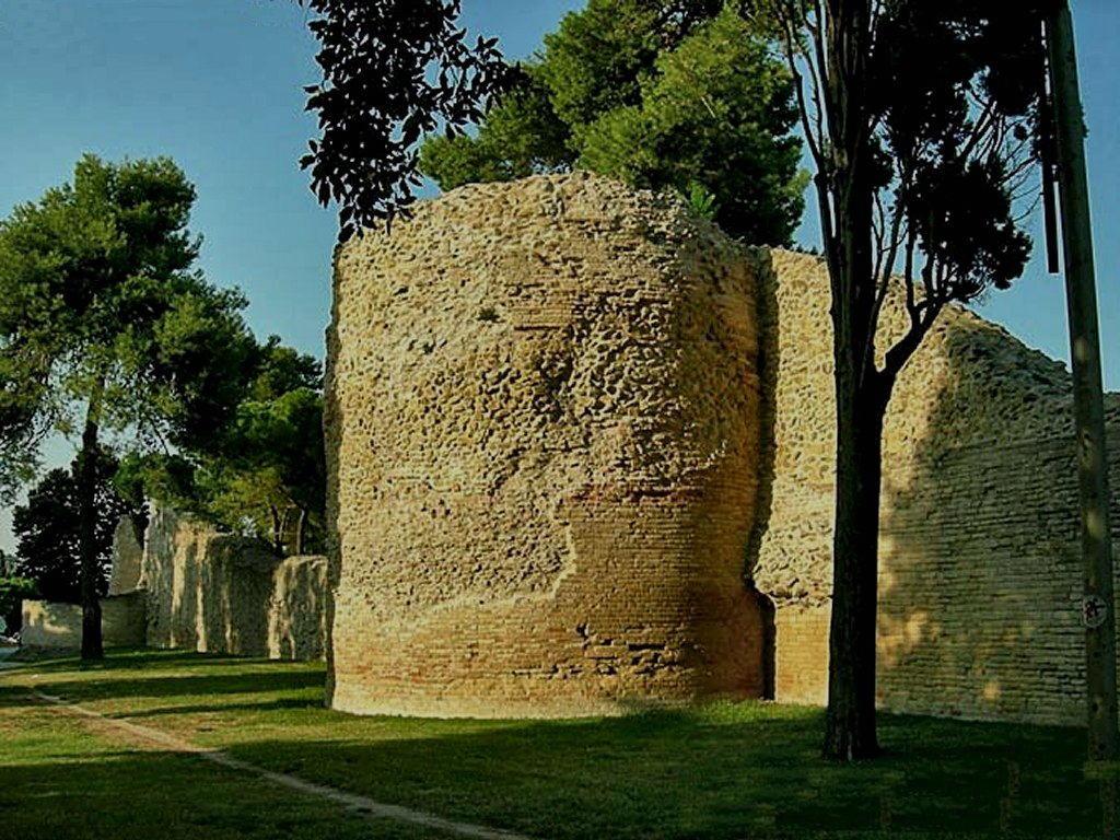 Le mura di Fano