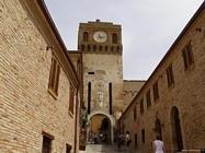 Castello di Gradara guida e foto