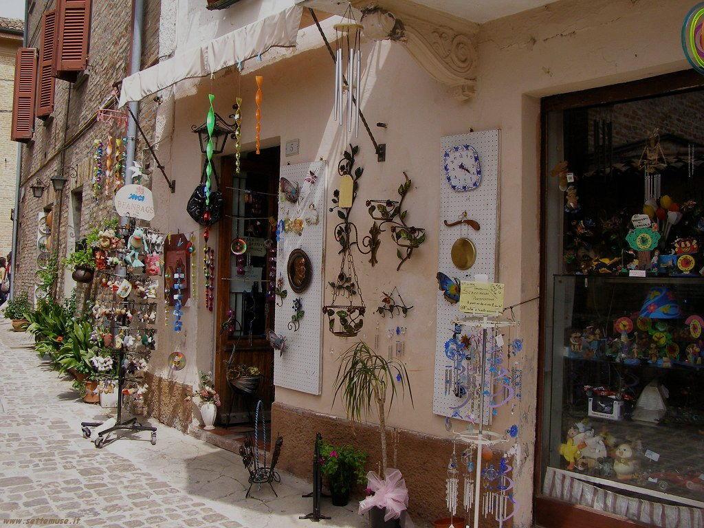 Negozi di souvenir al Castello di Gradara
