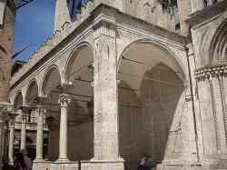 Ascoli Piceno - Loggia dei mercanti