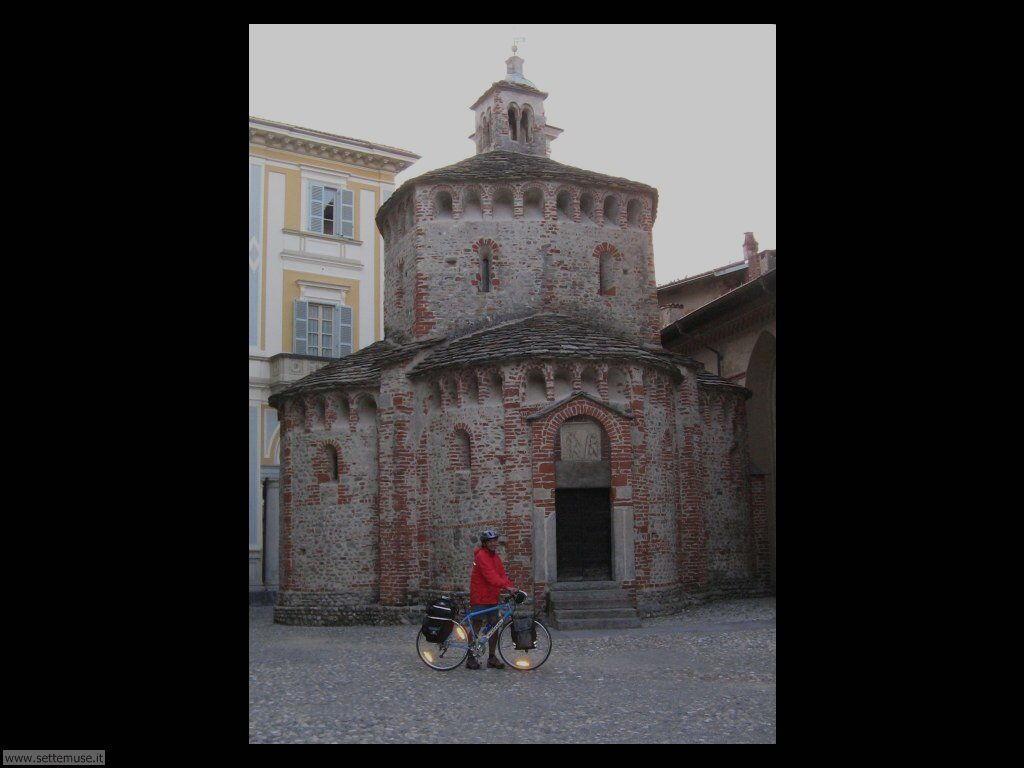 BI_biella_citta/biella_009_battistero.jpg