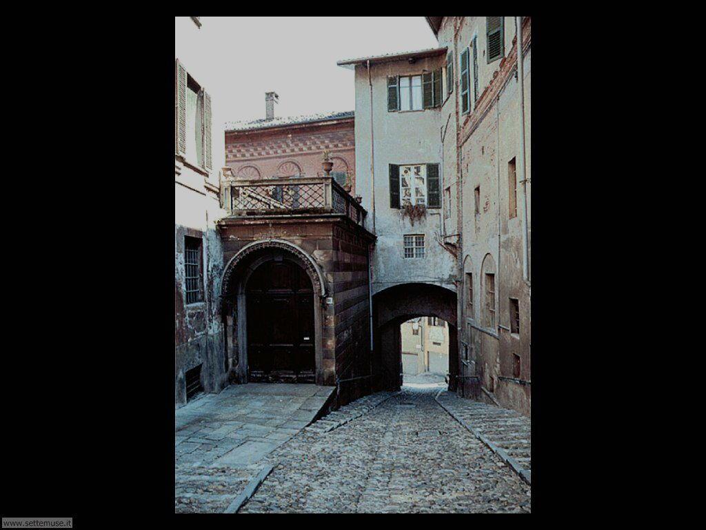 BI_biella_citta/biella_011_porta_di_andorno.jpg