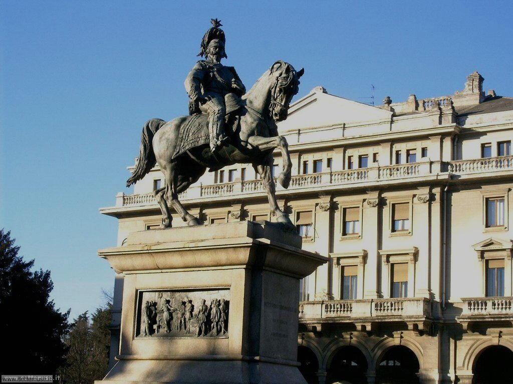 Novara Piazza Martiri