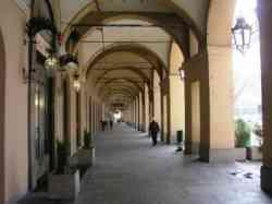 Asti Portici in Piazza Alfieri