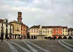 Vercelli - Piazza Cavour