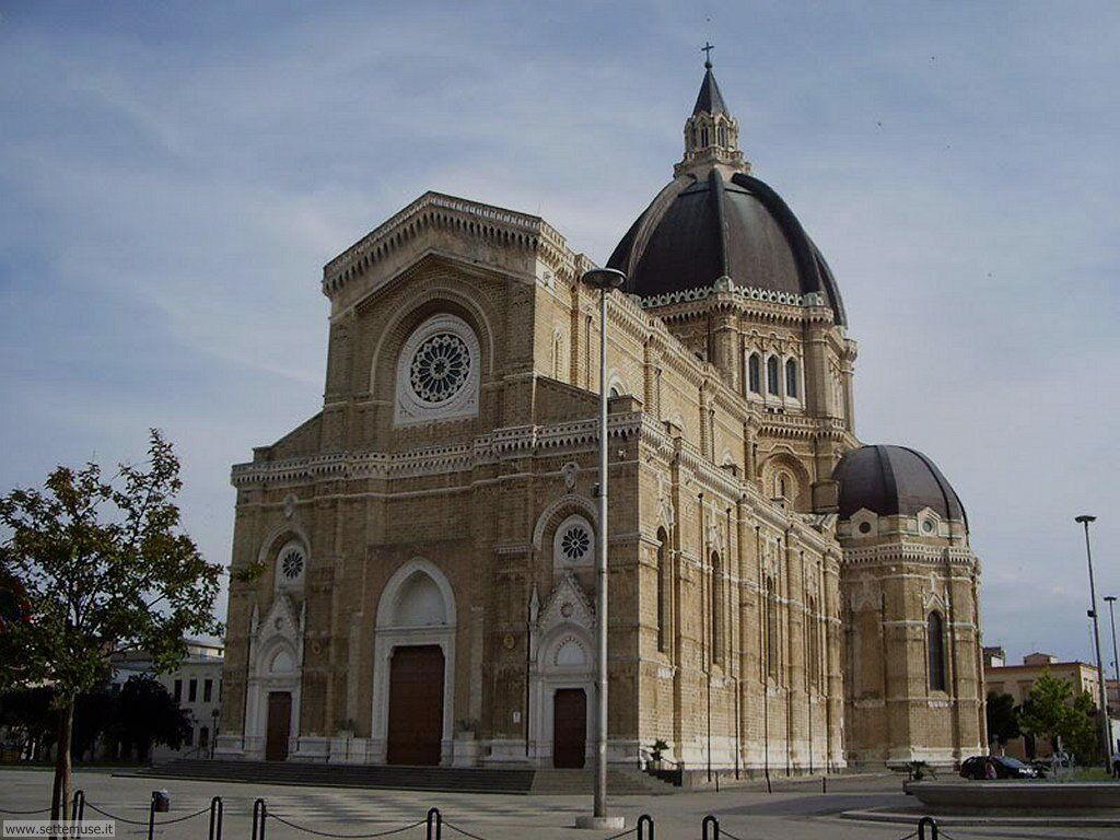 Cerignola, Duomo Torri
