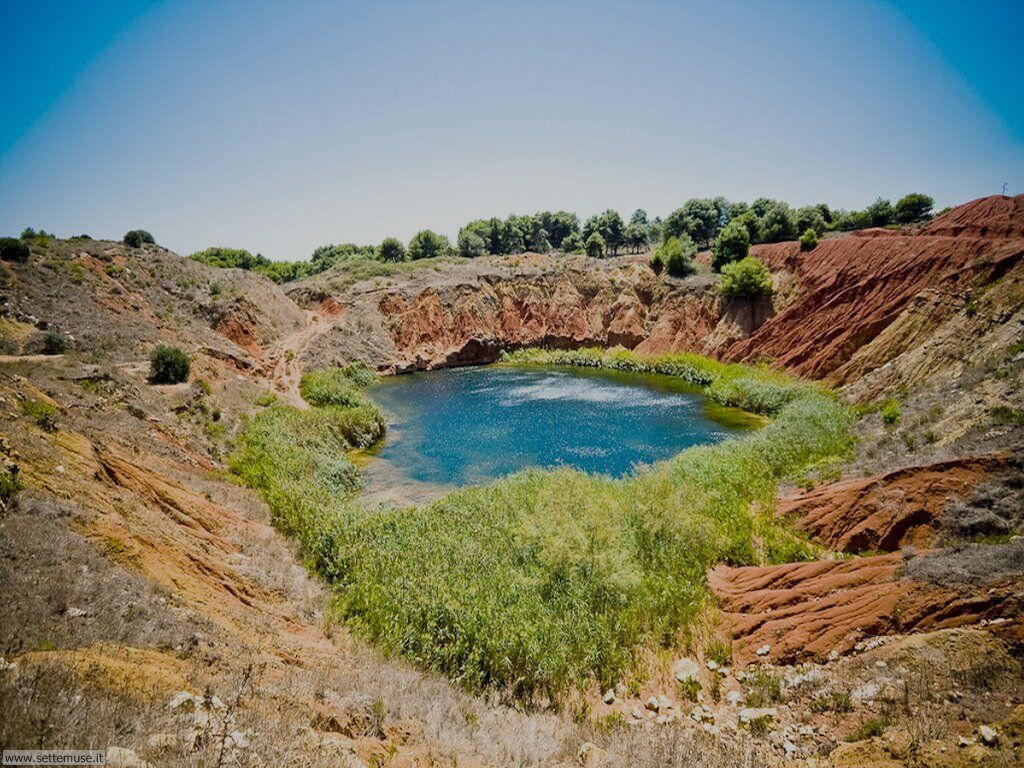 Salento, Otranto, cava di bauxite