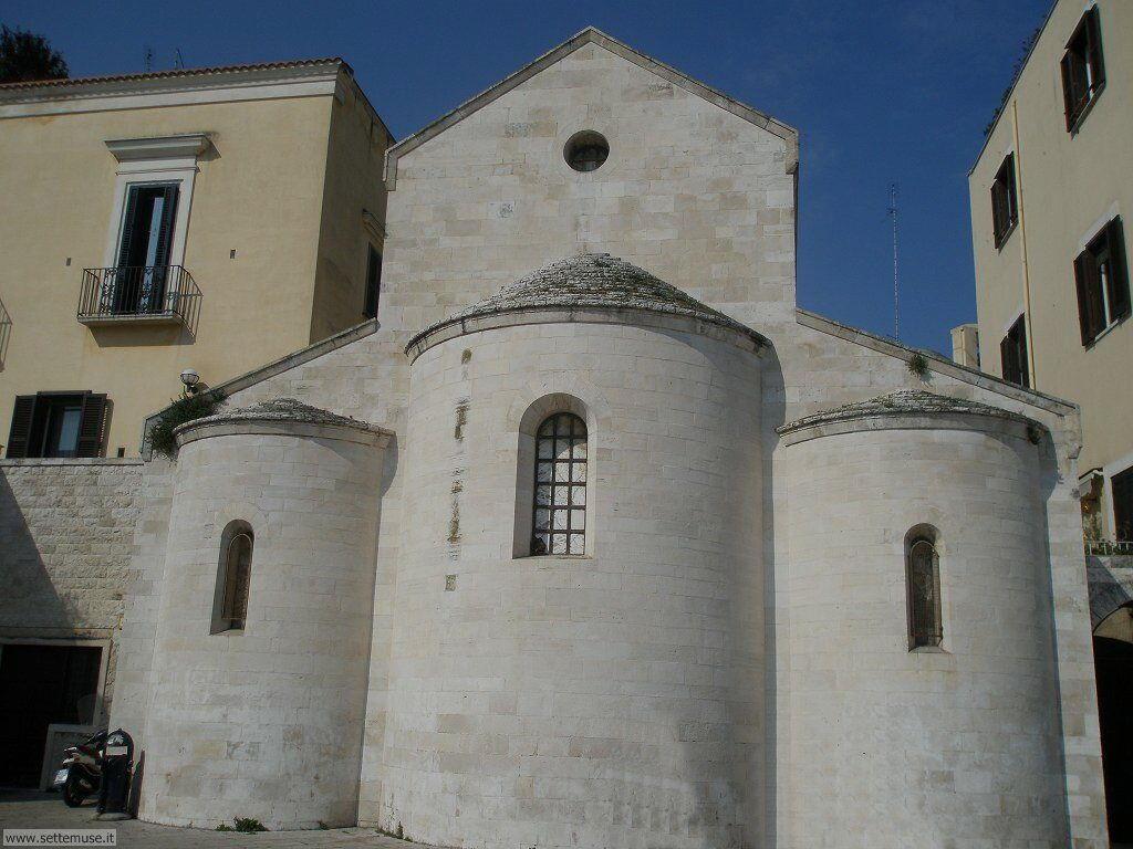 Chiesa piazza Ferraresi