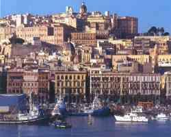Cagliari vista dal lato del Porto